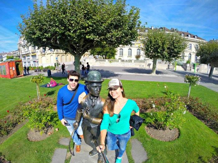 estatua charlie chaplin vevey