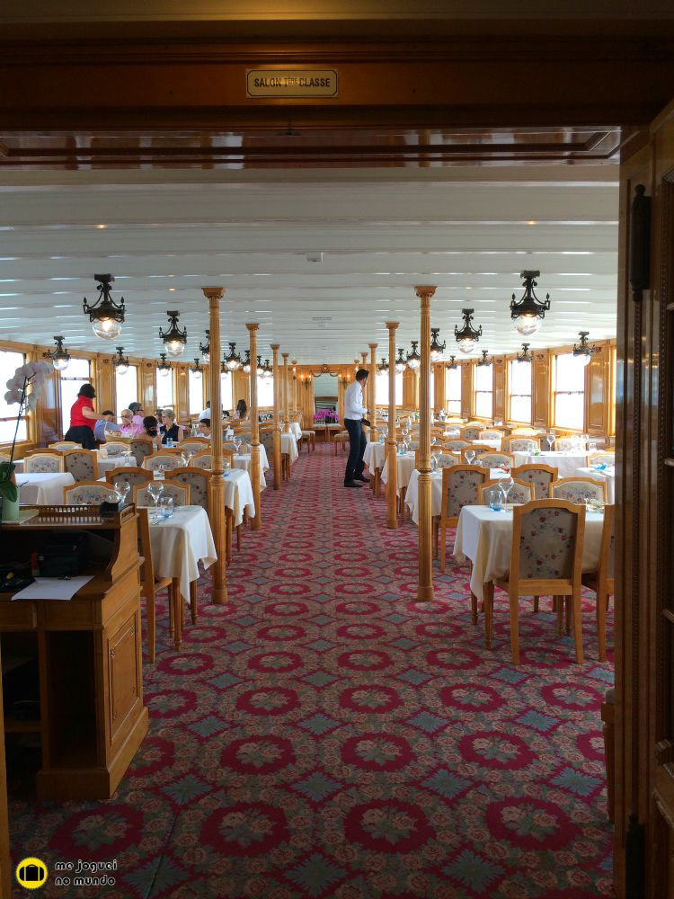 passeio de barco lago genebra