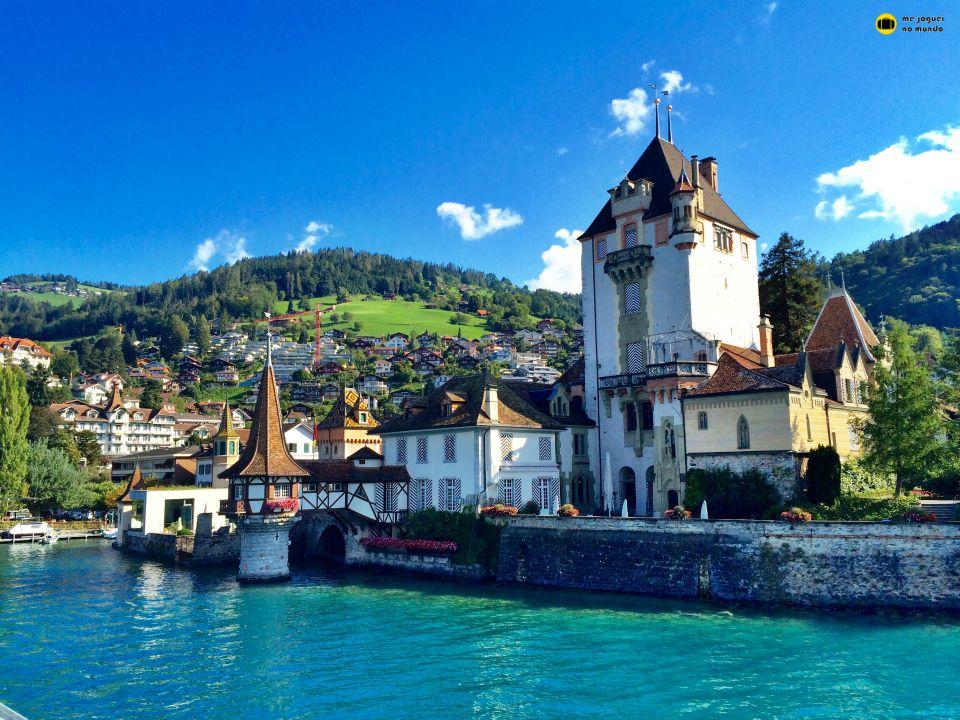 castelo oberhofen lago de thun