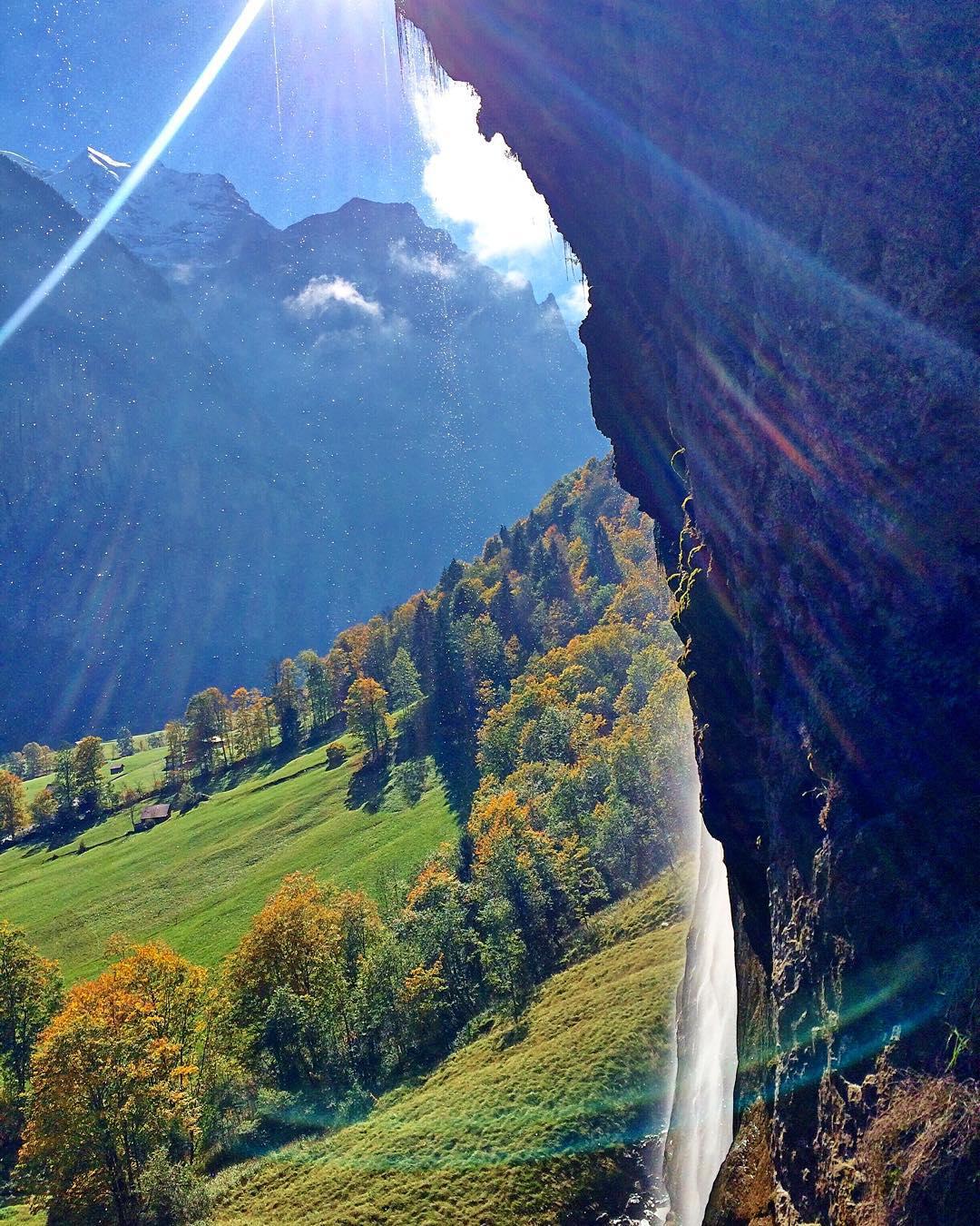 cachoeira em lauterbrunnen