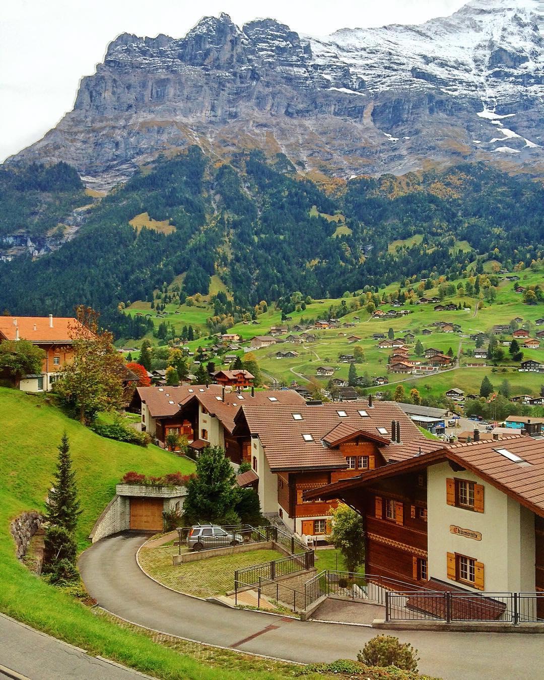 grindelwald vila alpina suica