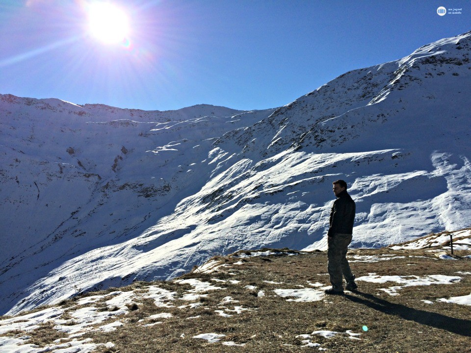 furkapass estrada nos alpes suiços