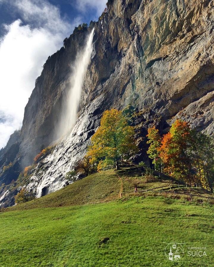 lauterbrunnen no outono