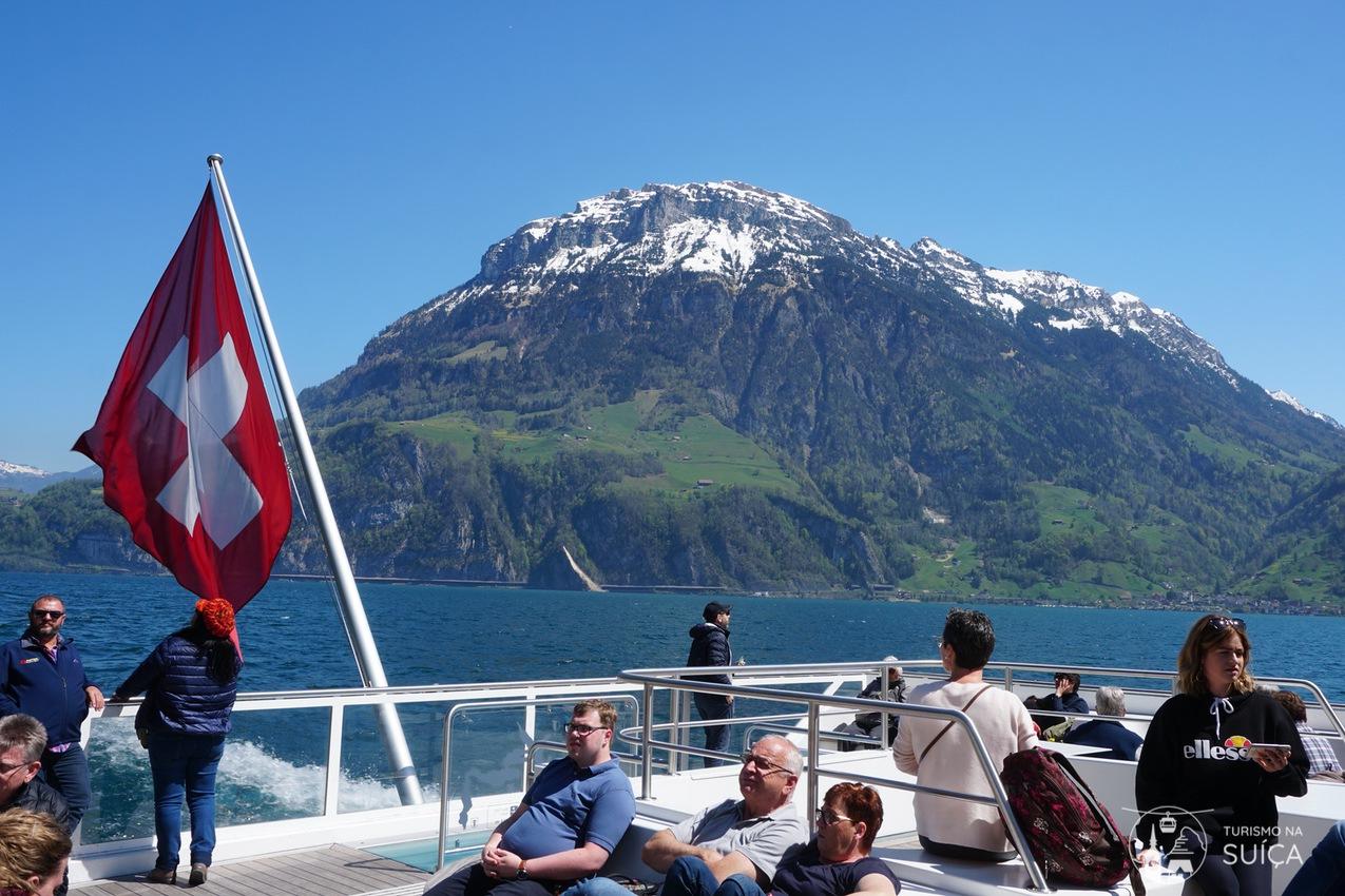 passeio de barco suiça